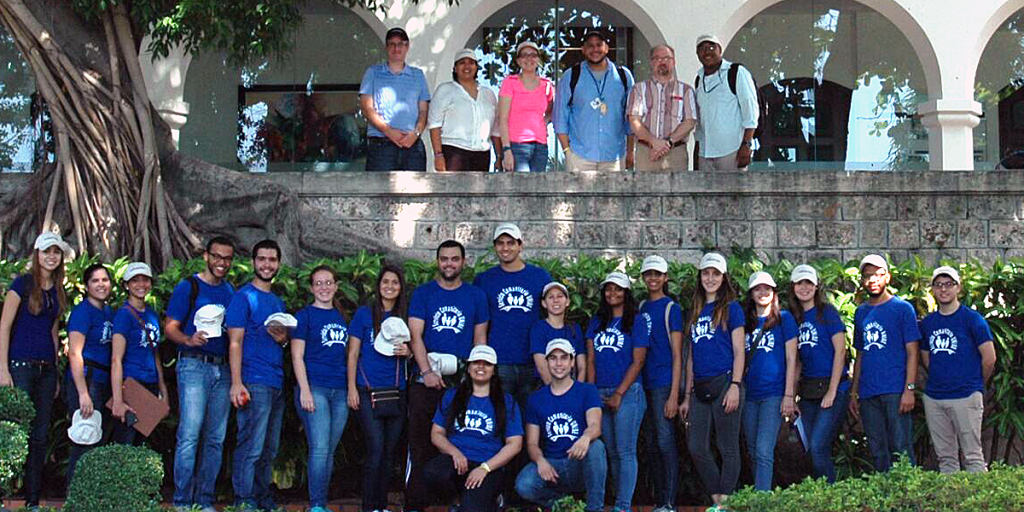 UNIBE students, staff, and faculty